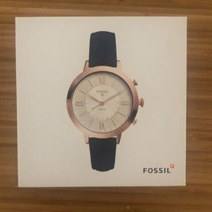 New Fossil Hybrid SmartWatch
